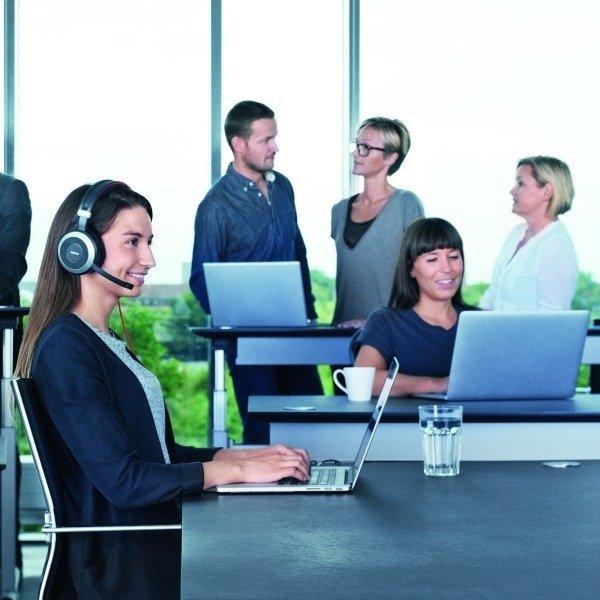 80 Evolve Female Office V1