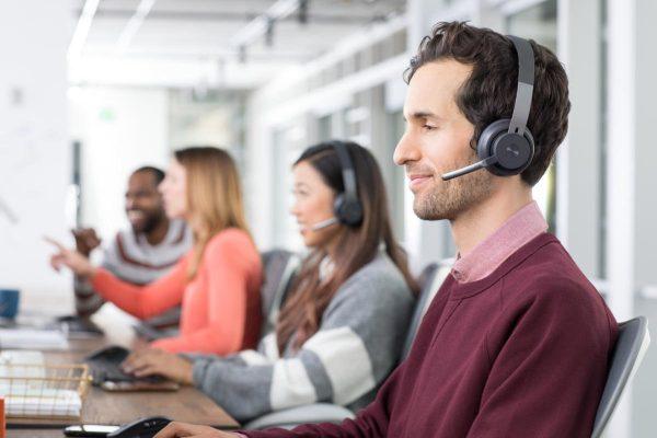 Logitech Zone Wireless Headset Open Office Desk 100793105 Large